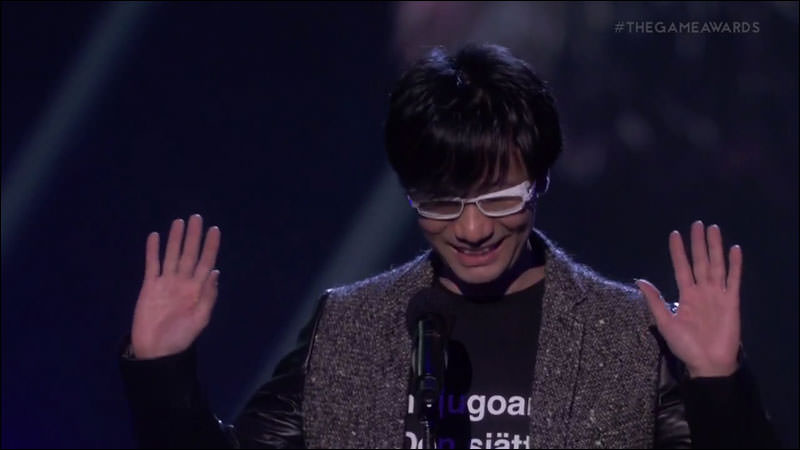 Kojima-Shirt-The-Game-Awards-2014_zps95270432