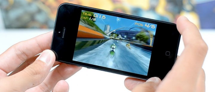 iPhone-gaming-770-720x308