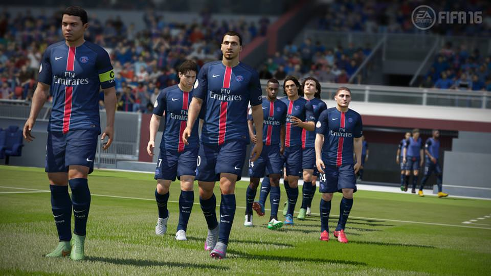 FIFA16_XboxOne_PS4_Gamescom_PSG_LR_WM-Copy