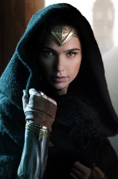 wonder-woman-gadot-1st-look