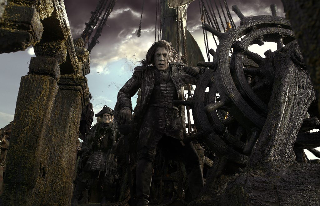 Javier Bardem Looks Ghostly in New 'Pirates of the Caribbean: Dead Men Tell No Tales' Photo  Read More: Javier Bardem Looks Ghostly in New 'Pirates of the Caribbean' Photo   http://screencrush.com/javier-bardem-pirates-of-the-caribbean-dead-men-photo/?trackback=tsmclip