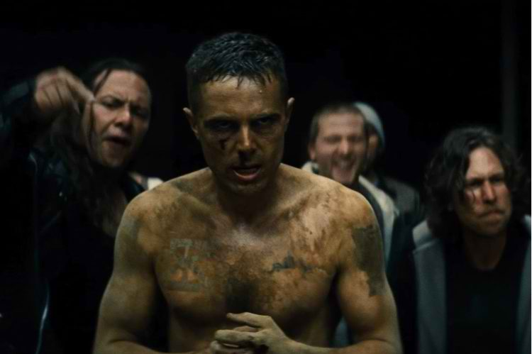 casey affleck in Out of the Furnace