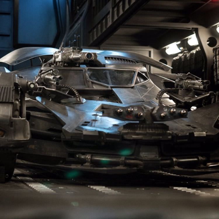 New Batmobile in Justice League
