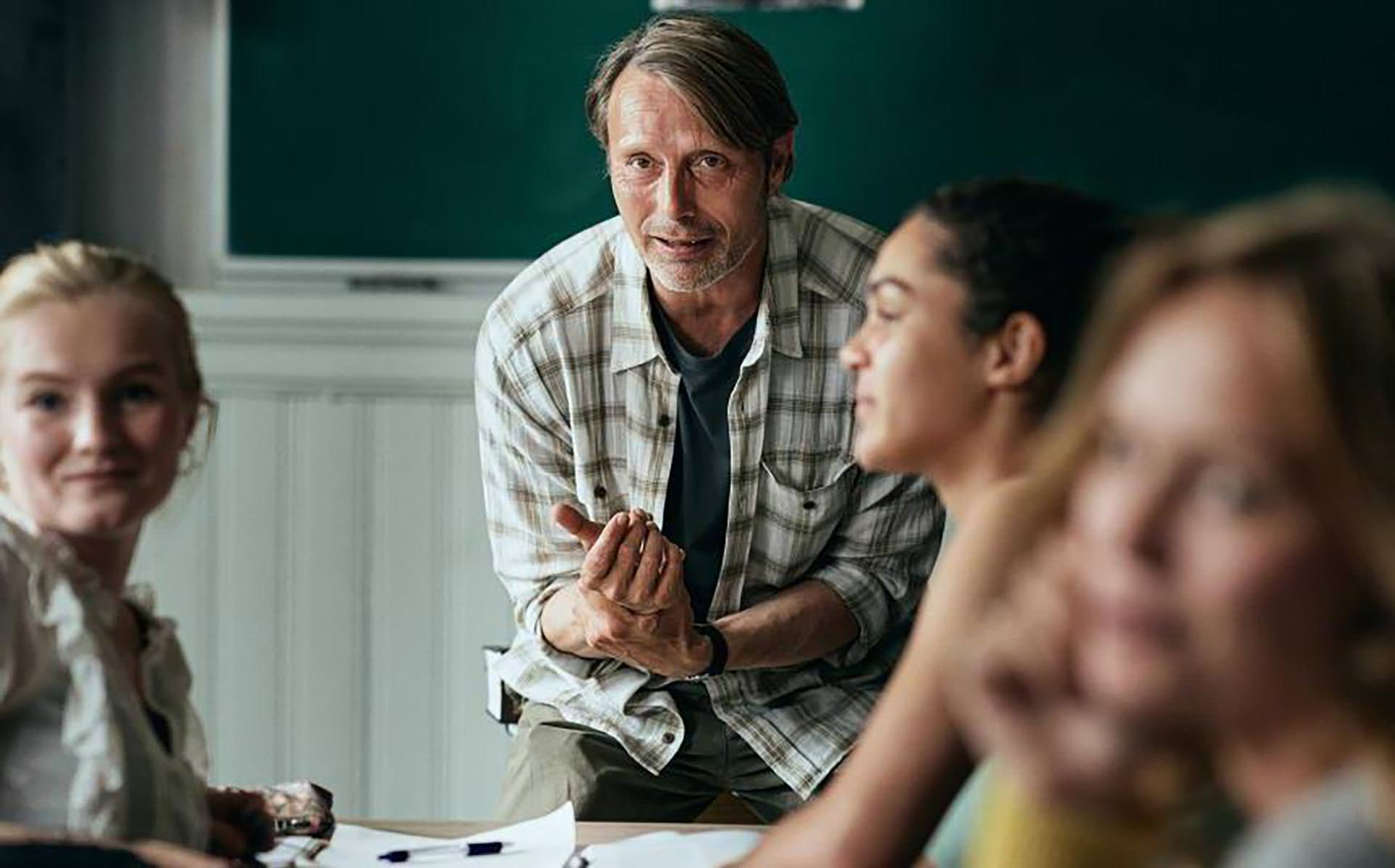 Mads Mickelson as Martin the school's live teacher in another round