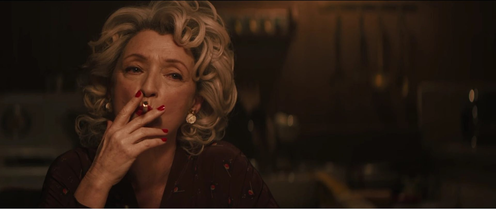 Let Leslie Manville smoking in the movie