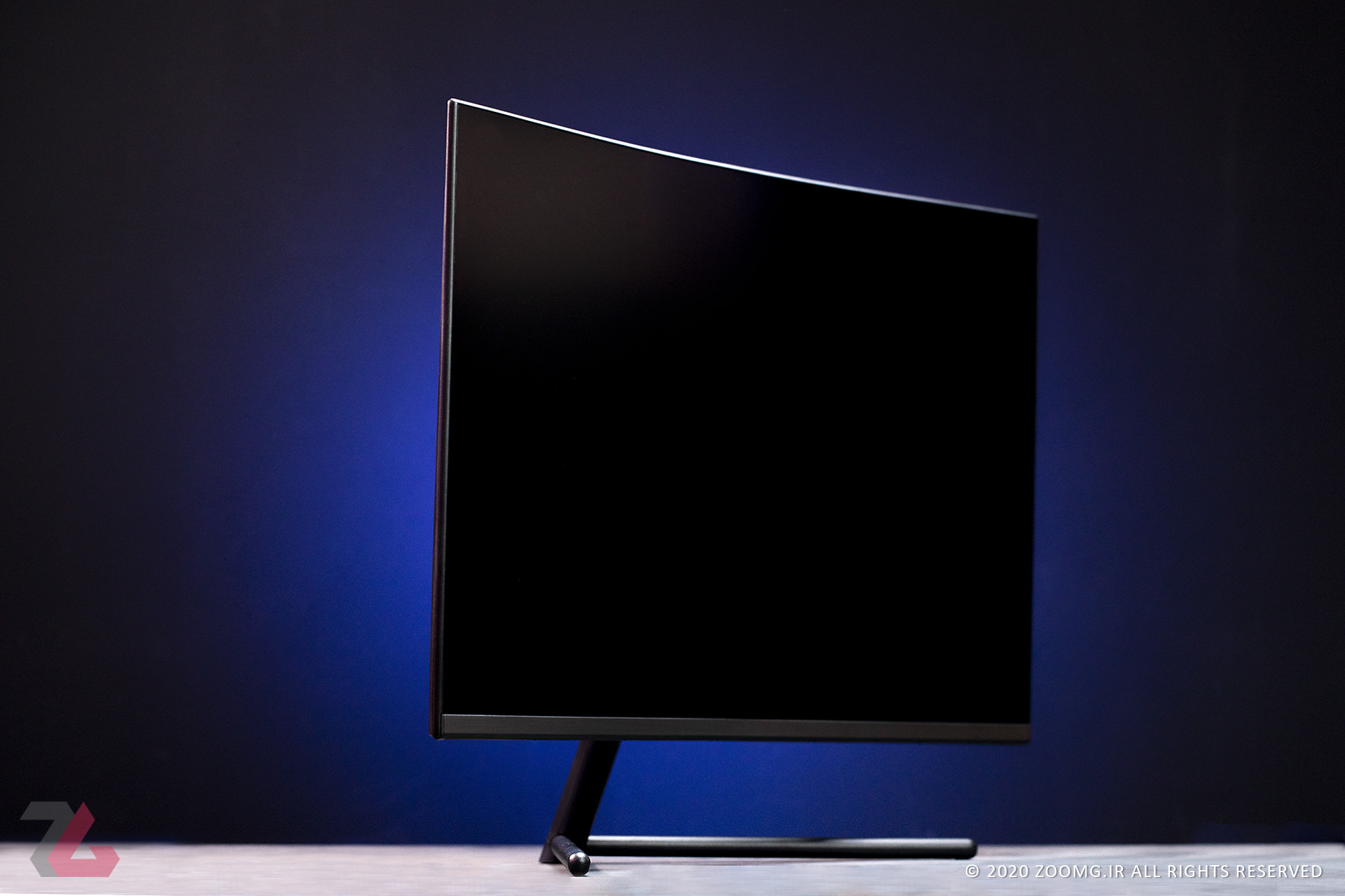 Image from the front view of the Samsung UR59C monitor