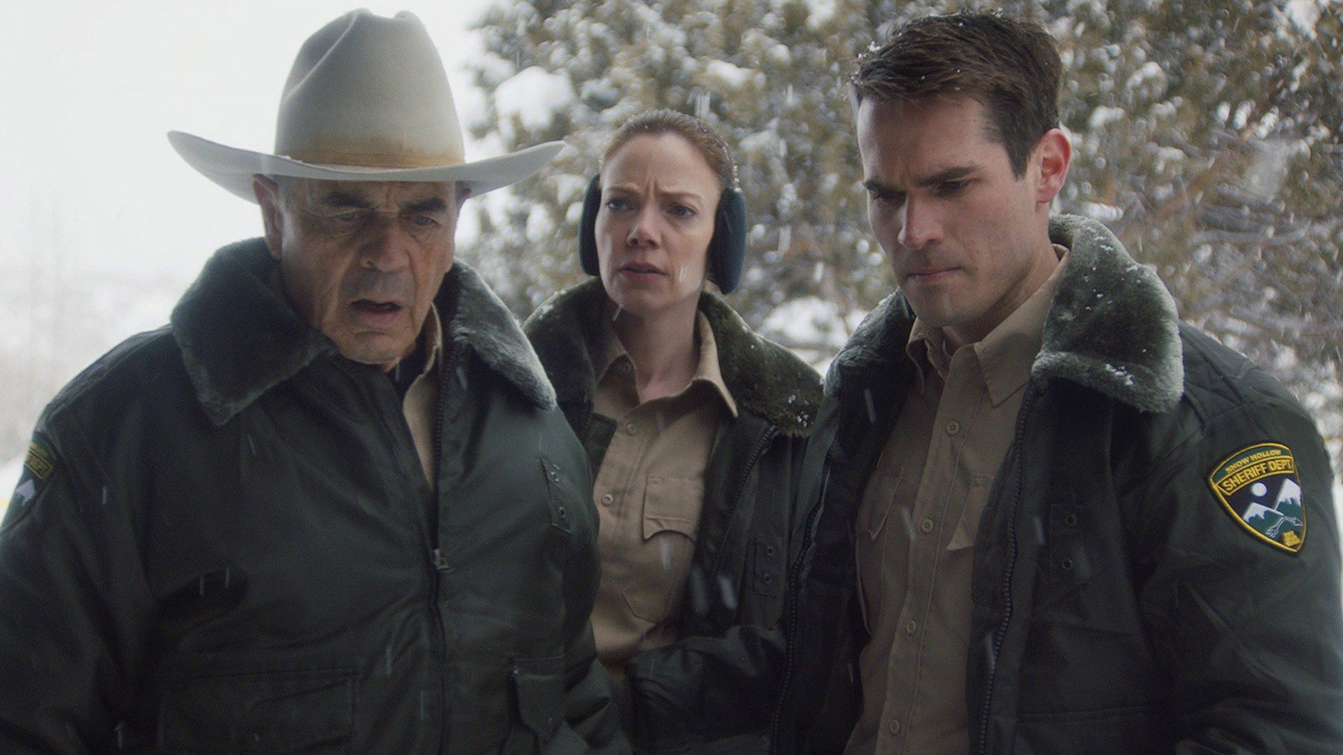 Robert Forster as the Old Sheriff in The Wolf of Snow Hollow