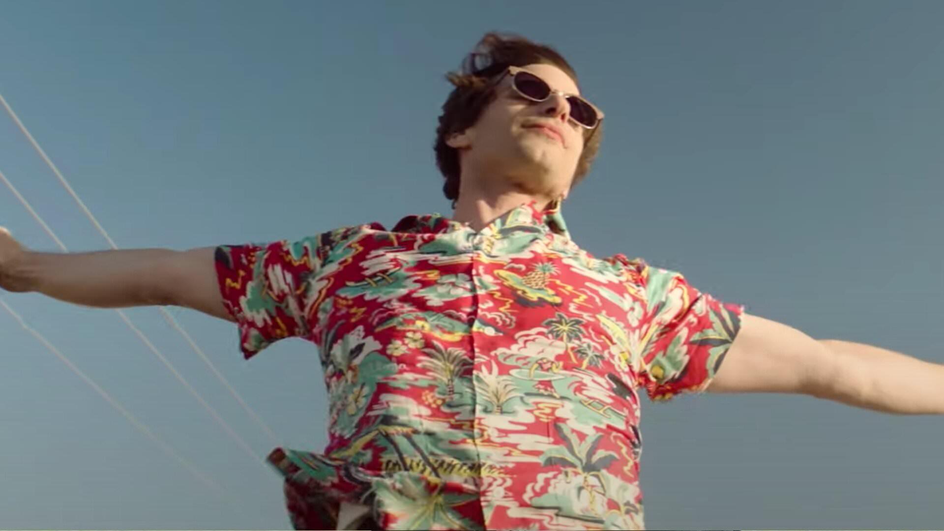 اندی سمبرگ در فیلم Palm Springs