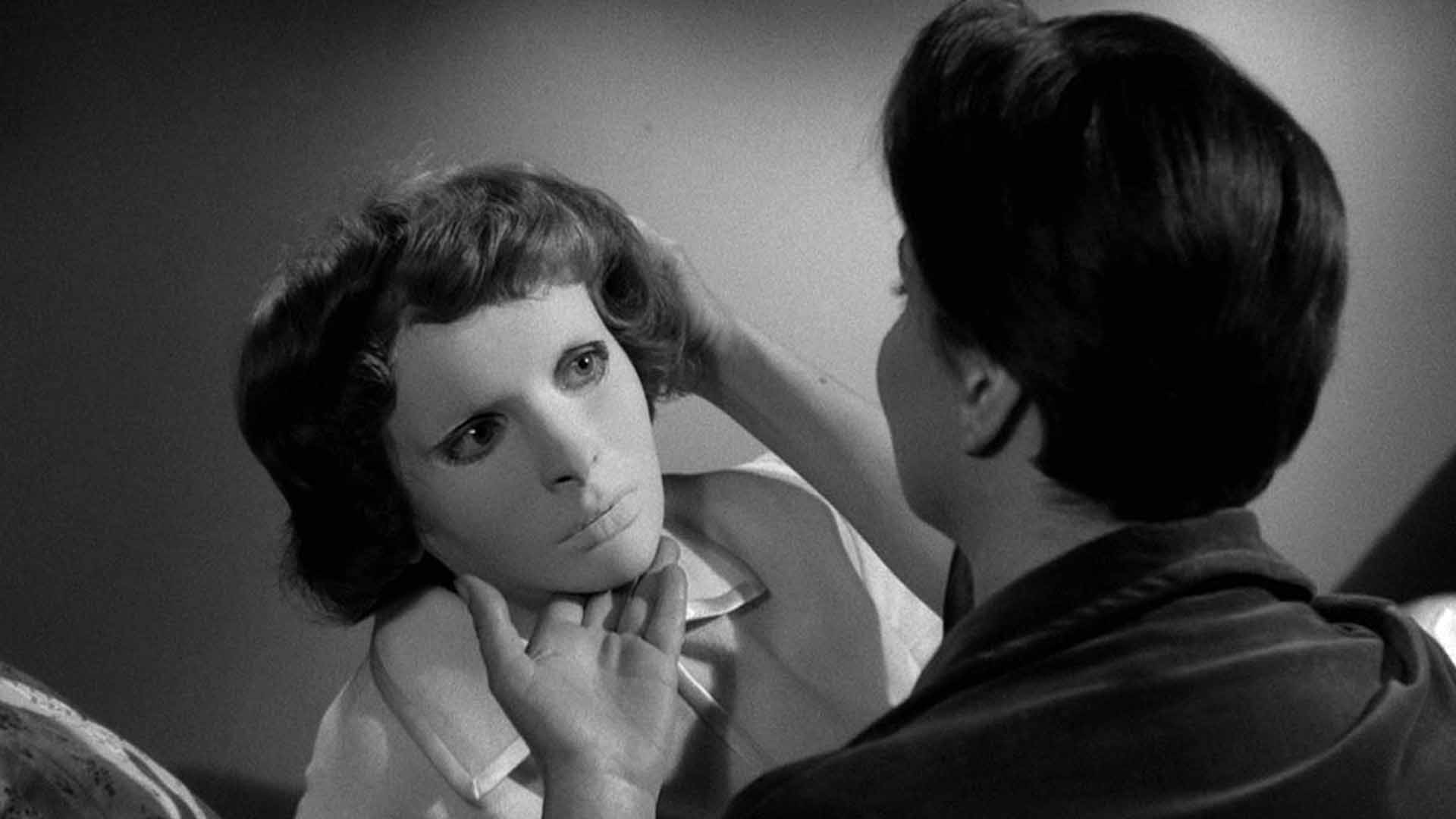 Edith Scooby with a special mask in the movie Eyes Without a Face
